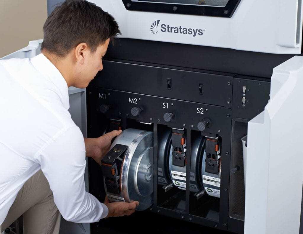 Impressoras 3D Stratasys Fortus 380mc e Fortus 450mc 2